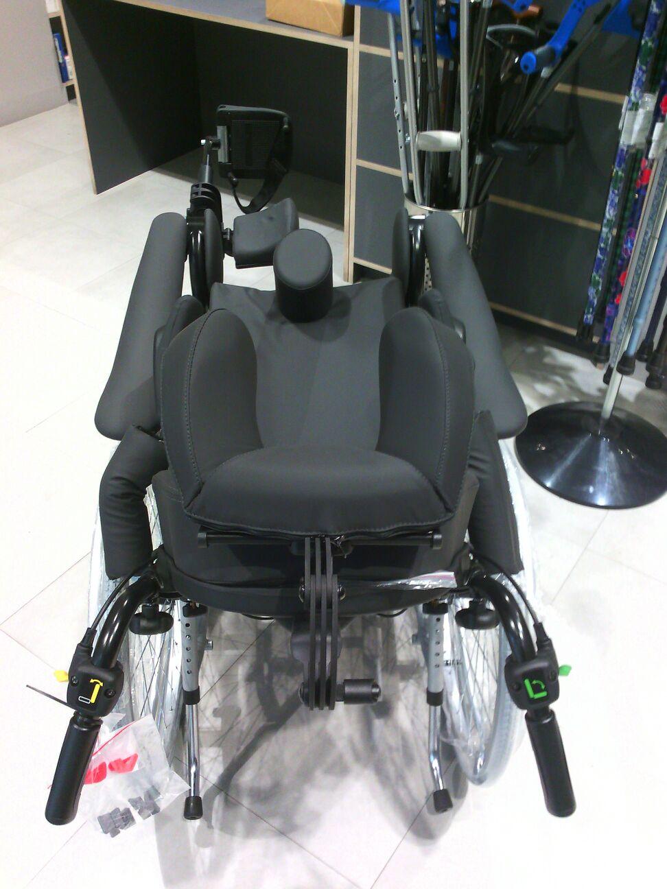 Silla de ruedas posicionadora rea clematis en ortopedia - Reposacabezas silla de ruedas ...