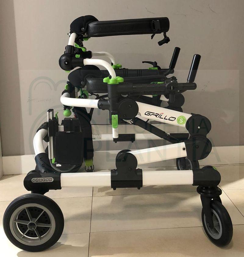 Andador estabilizador infantil Grillo regulable en altura, en Ortopedia Plantia de Donostia - San Sebastián